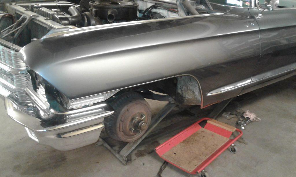 Reparation krockskada Cadillac -62